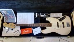 Baixo Fender Jazz Bass Standard México 4 cordas comprar usado  Registro
