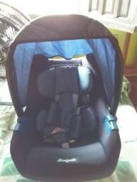 Bebê conforto.