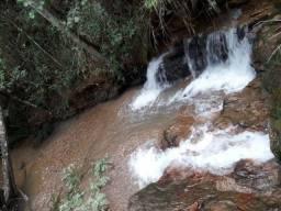 Chácara de 20.000m2 com água no fundo / Alexânia