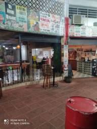 Vende pizzaria / Esfiharia