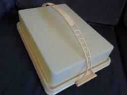 Big Cake Porta Bolo da Tupperware.