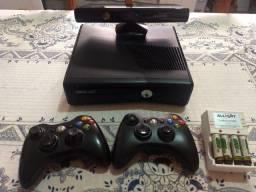 Xbox 360 em bom estado (estudo troca)
