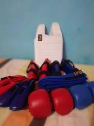 Título do anúncio: Kit de proteções Karate FALCON novas completas, luvas, caneleiras, protetor de Tórax