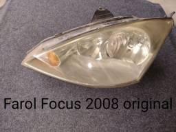 Título do anúncio: FAROL FOCUS 2008 L/E