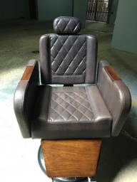 Título do anúncio: Vendo cadeira para barbeiro