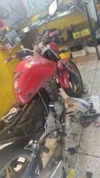 Ajudante de mecânica motos