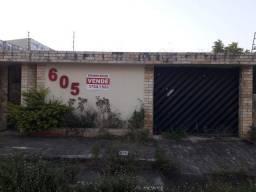 Casa à venda com 4 dormitórios em Garanhuns