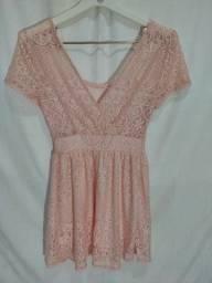 Vestido de renda rosa P