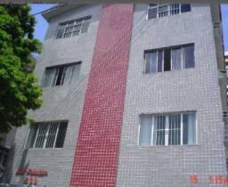 Alugo apartamento em casa caiada