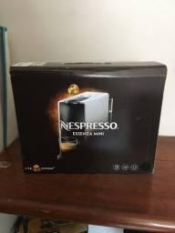 Título do anúncio: Cafeteira Nespresso Mini