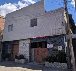 Título do anúncio: Casa com 2 dormitórios à venda, 400 m² por R$ 410.000,00 - Kennedy - Caruaru/PE