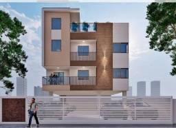 Apartamento térreo de três quartos com área privativa