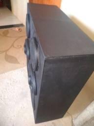 Amplificador de som gradiente A175 e duas caixas de som super potentes.