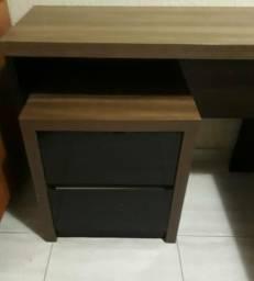 Mesa para escritório em l com gaveteiro ( ótimo estado )