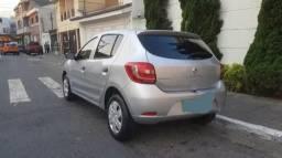 Renault sandero 5.000 - 2015