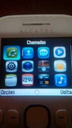 Celular Alcatel 3 chips
