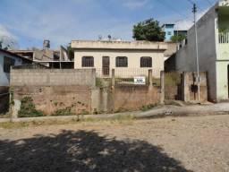 Casa Residencial para aluguel, 3 quartos, São Roque - Divinópolis/MG