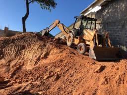 Locação Retroescavadeira; terraplanagem; aterro; desaterro; demolição