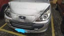 Peugeot 307 batido - só assumir parcelas - 2011