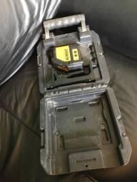 Nível a laser dewalt dw088