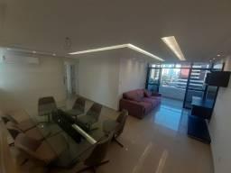 Apartamento com 3 suítes na Península