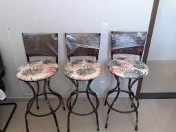 cadeiras / banqueta