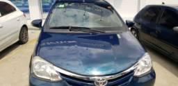 Título do anúncio: Vendo Excelente Toyota Etyos sedã XLS o mais completo .