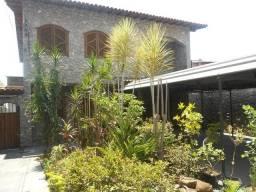 Casa à venda, 4 quartos, 3 suítes, 8 vagas, Novo Eldorado - Contagem/MG