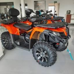 Quadriciclo 4x4 CForce 520L Automático Gasolina ñ can man