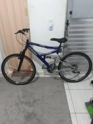 Bicicleta e patins