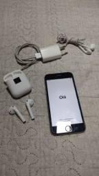 Vendo um iPhone 6s de 32 gigas