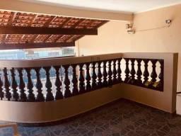 Título do anúncio: Csas treis dormitorios Vila Niponica