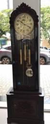 Relógio carrilhão R$ 2.990,00