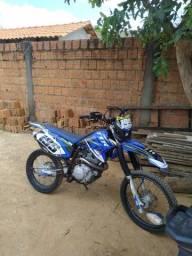 Título do anúncio: TTR 230 vende se ou troca em outra moto valor 5.00)zap *7