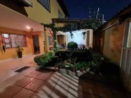 Casa Duplex 4 qts st com piscina em Jardim Camburi