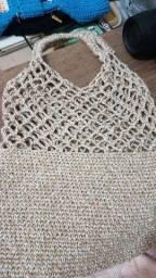 Bolsa de juta com fio de algodão.