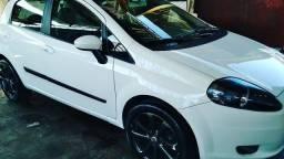 Fiat Punto atrative top 1.4 revisado e sem detalhes, rodas 17 e cpu e couro
