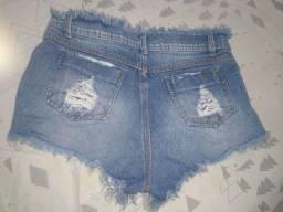 Shorts jeans tamanho 38 e 40