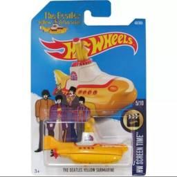 Carrinho Hot Wheels Submarino Amarelo Dos Beatles