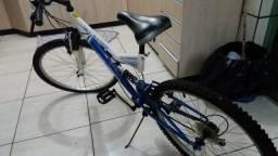 Bike muito nova usada poucas vezes