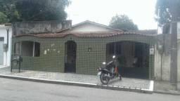 Casa no conjunto Maguari alameda 29