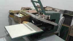 Máquina de estampa industrial