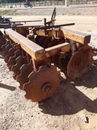 Grade aradora 14x28 de arrasto de pneus
