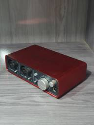 Interface Focusrite Scarlett 2i2<br><br>