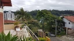 Aluguel de quartos em ampla casa a 700m da UFSC