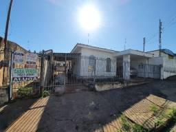Casas na rua Antônio Girol