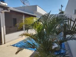 Ótima casa no bairro Gramado em Patos de Minas/MG