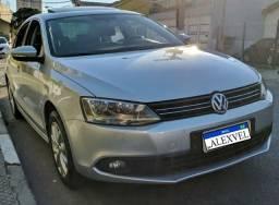 VW Jetta Confortline 2.0 com Teto Solar Novíssimo