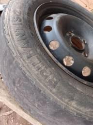 Título do anúncio: Aro 14 Renault com pneu R$140,00