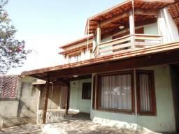 Casa colonial em lote de 360,00m2
